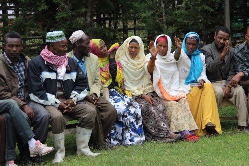 Community Conversations: discussing choices about migration in the community